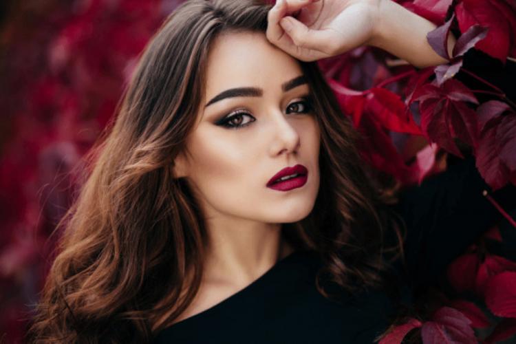 Nggak Susah, Ini 10 Tips Makeup untuk Kamu yang Mau Pergi ke Pesta