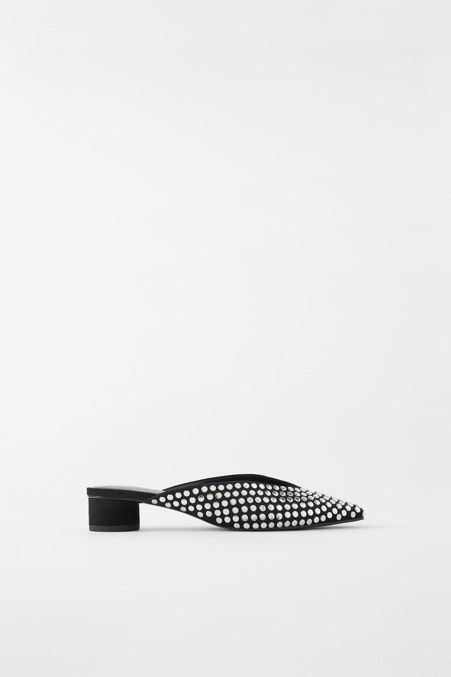 #PopbelaOOTD: Saatnya Upgrade Sepatu Hitam yang Baru!