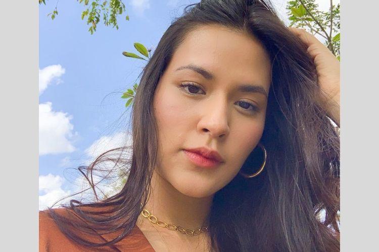 Contek Gaya Makeup Minimalis a la 7 Seleb Indonesia Ini Yuk!