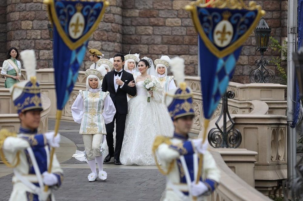 Semewah Royal Wedding, 5 Seleb Lokal Ini Menikah dengan Pesta W-O-W