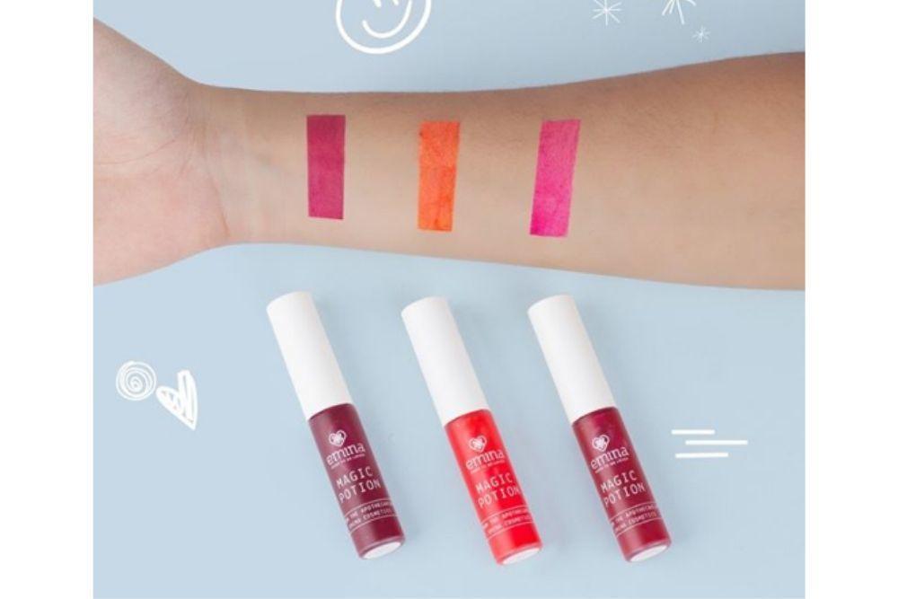 7 Rekomendasi Lip Tint Lokal Biar Bibir Tampak Merona
