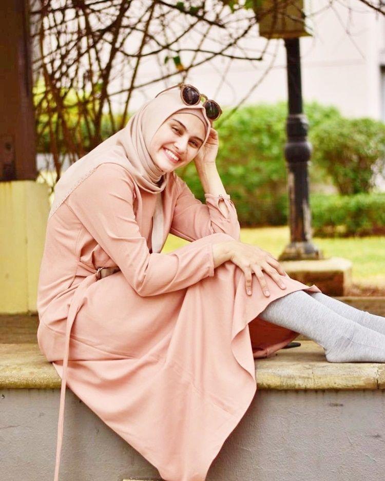 Berdarah Arab, 7 Artis Cantik Ini Punya Pesona Memikat