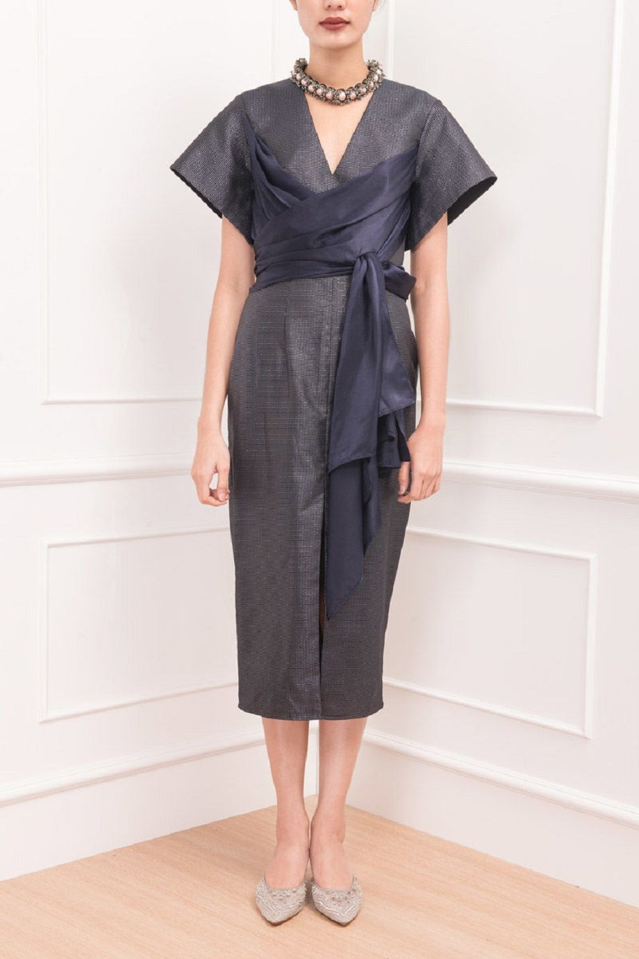 #PopbelaOOTD: Siap Party Setelah Kantor dengan 5 Fashion Item Ini