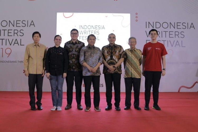Momen Penting di Acara Pembukaan Indonesia Writers Festival 2019