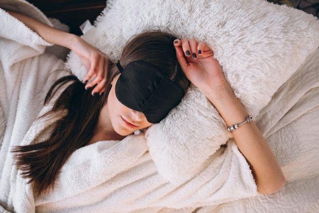 Kumpulan Ucapan Selamat Malam yang Romantis untuk Pacar Tersayang