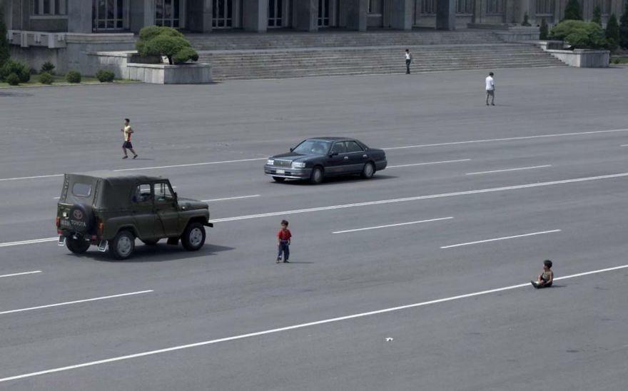 Bikin Sedih, 12 Foto Terlarang di Korea Utara Ini Bocor ke Internet