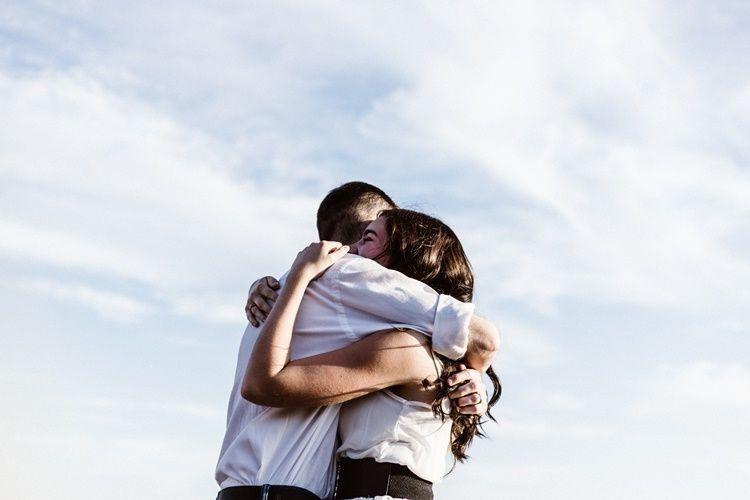 Makin Erat, Ini 7 Tanda Hubunganmu Akan Menuju Tingkat Selanjutnya