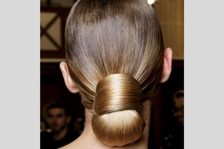 Gaya Sleek Hair yang Bikin Penampilanmu Makin Elegan