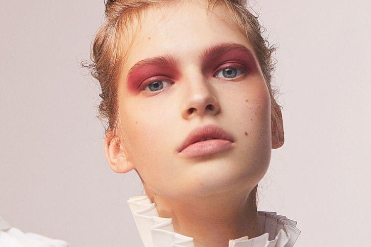 10 Beauty Hacks Ini Bikin Kamu Tampil Menawan Tanpa Makeup