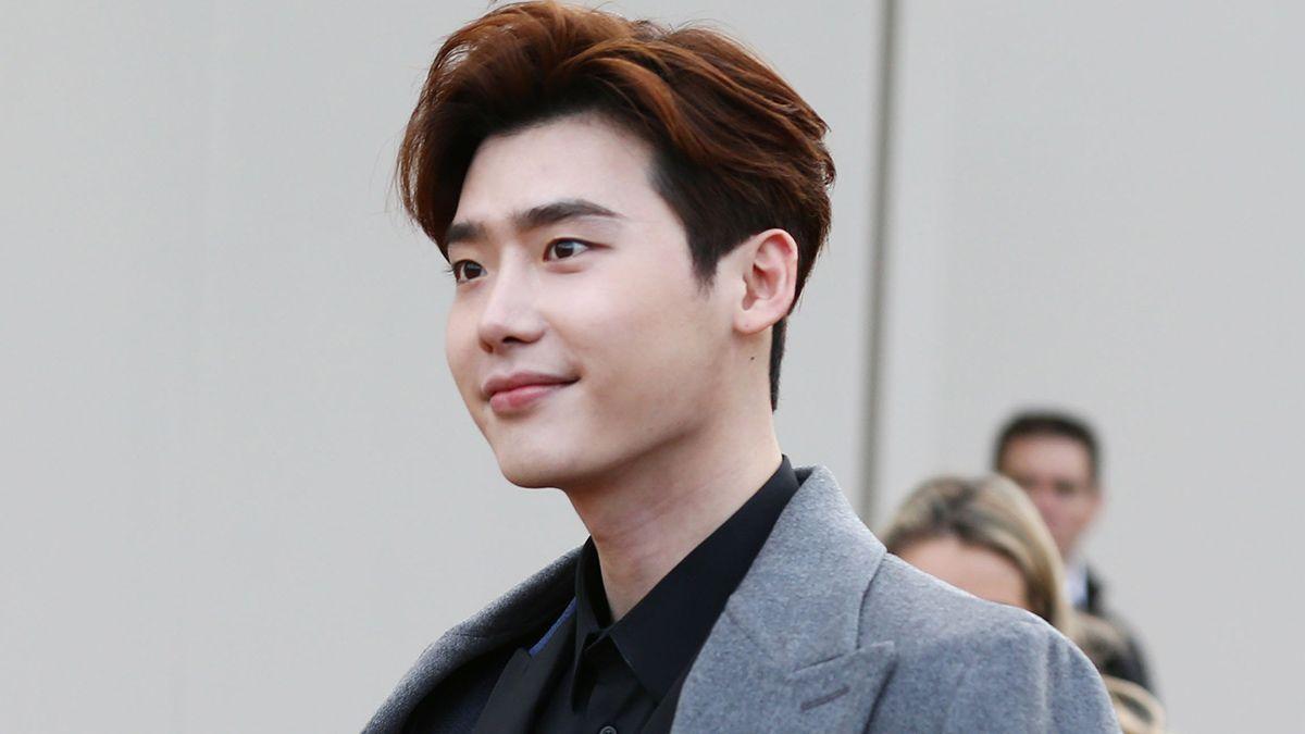 Siap-Siap Kangen, Ini 7 Seleb Korea yang Wamil Tahun 2019
