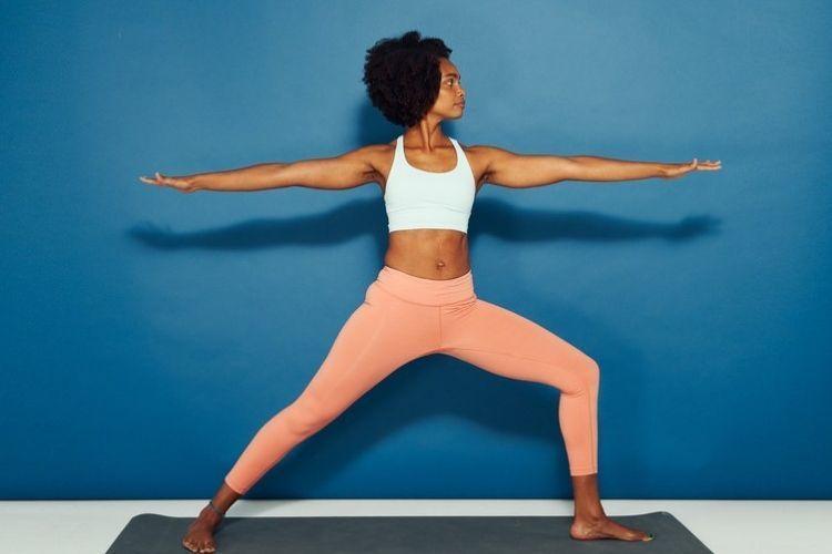 Nggak Cuma Bikin Rileks, Ini 7 Manfaat Yoga untuk Perempuan