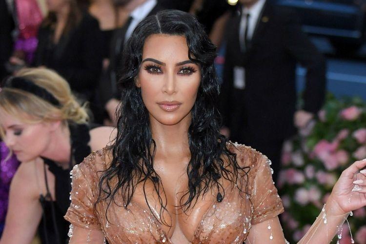Dinyatakan Positif Lupus, Kim Kardashian Menitikkan Air Mata