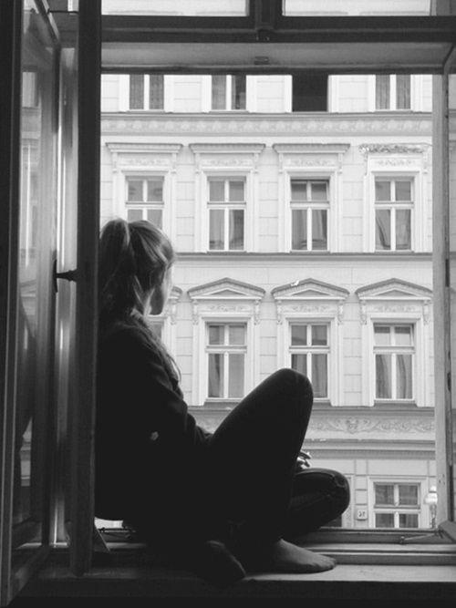 Kumpulan Puisi tentang Mencintai dalam Diam