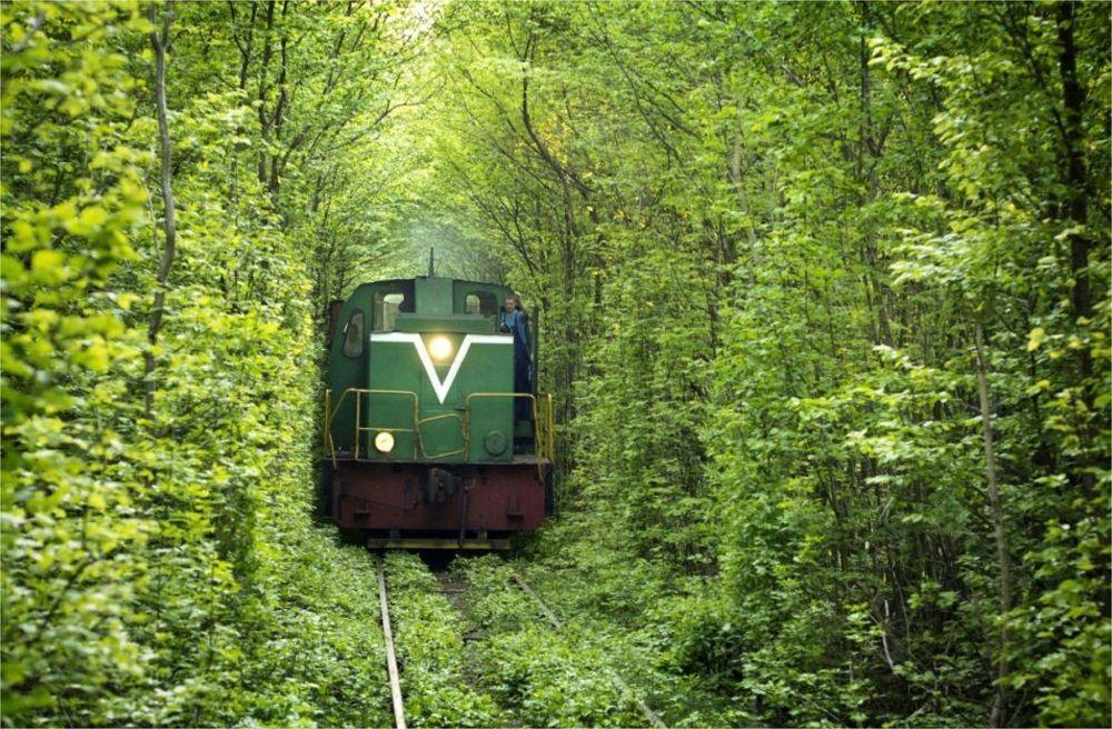 7 Jalur Kereta Api Terkeren dan Terindah di Dunia