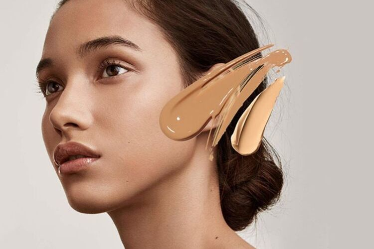 Nggak Perlu Sering Touch Up, Ini 7 Rahasia Makeup Awet Seharian