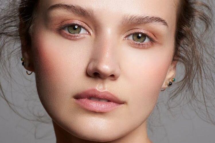 6 Tanda Nyata Kamu Harus Ganti Skincare Sekarang Juga!
