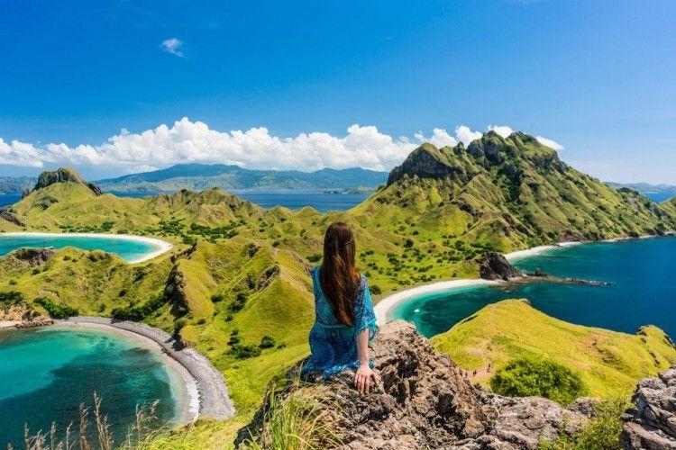 Solo Traveling Seru Saat Liburan Akhir Tahun, Ini Dia 7 Tipsnya!