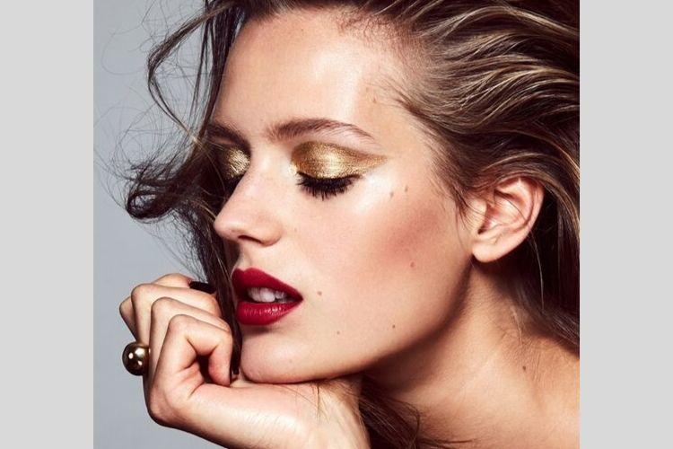 Ini 7 Tanda Kalau Kosmetik yang Kamu Gunakan Tidak Cocok