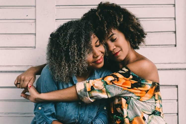 10 Kata Mutiara untuk Mama Tercinta, Bikin Terenyuh!