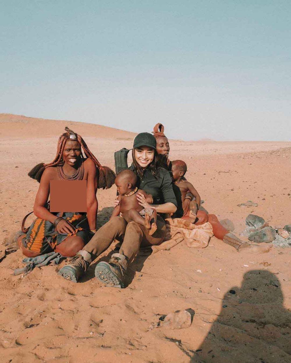Gaya OOTD Nikita Willy saat Kunjungi Afrika, Tetap Menawan!