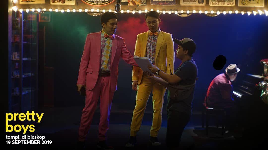 Review Film: Pretty Boys, Kritik Sosial dengan Cara Cerdas & Menghibur