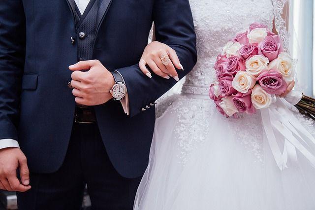 7 Arti Mimpi Teman Menikah dengan Orang Terdekat
