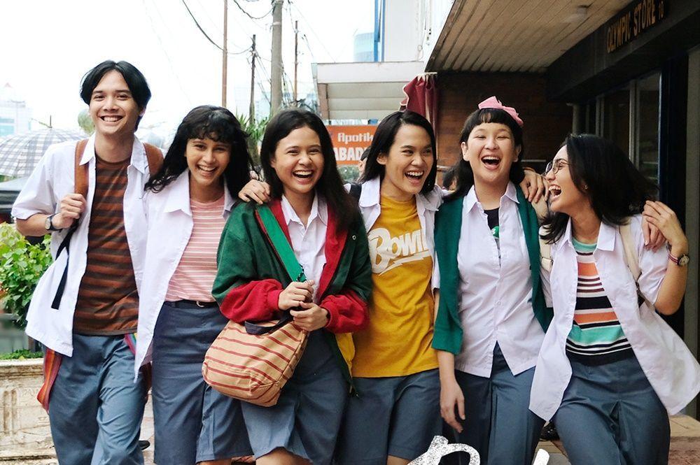 Review Film Bebas: Film Adaptasi yang Penuh Kenangan dan Persahabatan