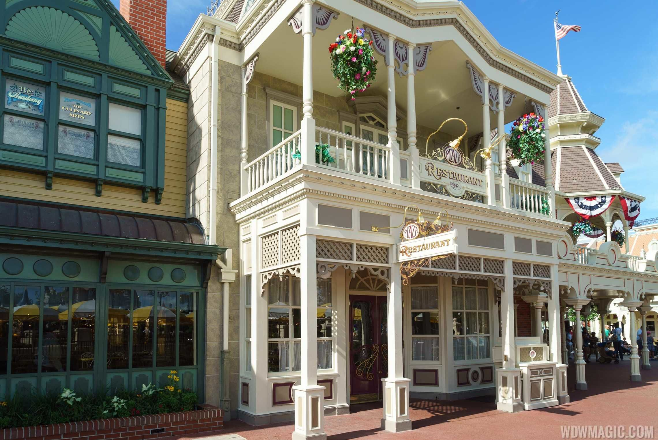 Nggak Hanya Wahana Seru, Ini Deretan Restoran Terbaik di Disney World