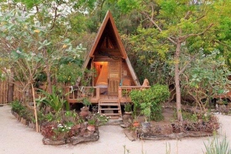 10 Penginapan di Lombok yang Murah, Harganya Cuma Rp100 Ribuan Lho!