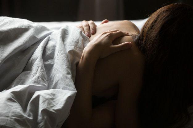 7 Cara Membuat Kelamin Pria Berdiri Tegang