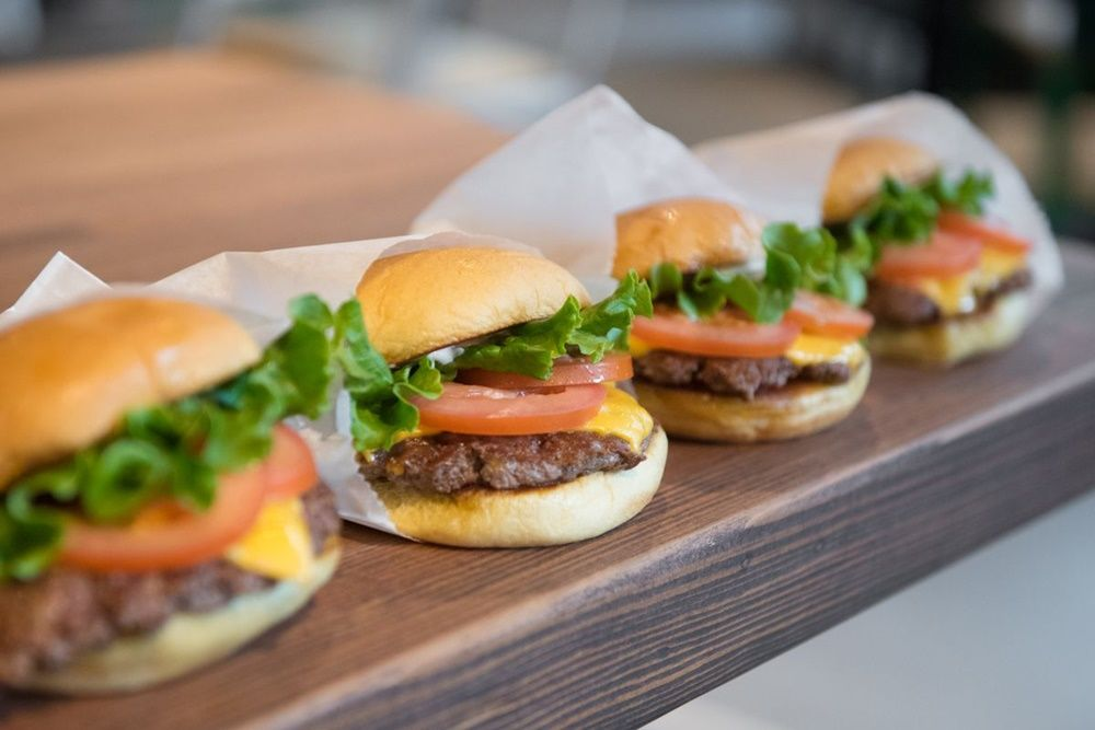 Bukan Burger King, Ini 7 Restoran Burger Terbaik di Amerika Serikat