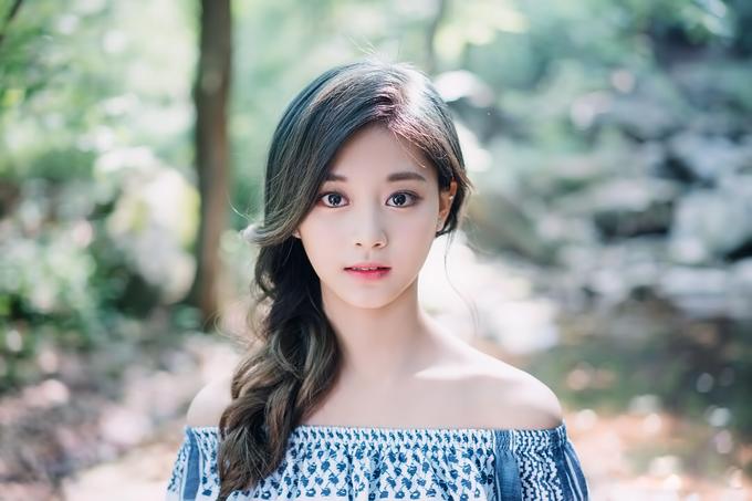 Jennie 'BP' Sampai Dita Karang, Ini 10 Idol Korea yang Kaya dari Lahir