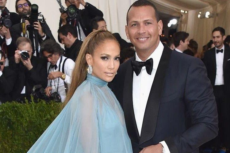 Makin Serius, Jennifer Lopez dan Kekasih Gelar Pesta Pertunangan