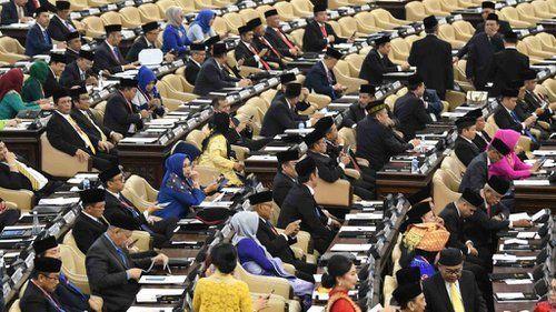 Dilantik Hari Ini, Segini Lho Gaji dan Tunjangan Anggota DPR-RI