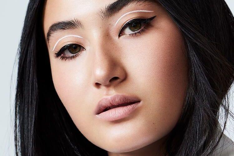 Bisa Ganggu Makeup! 5 Fakta Soal Milia, Benjolan Kecil di Area Mata