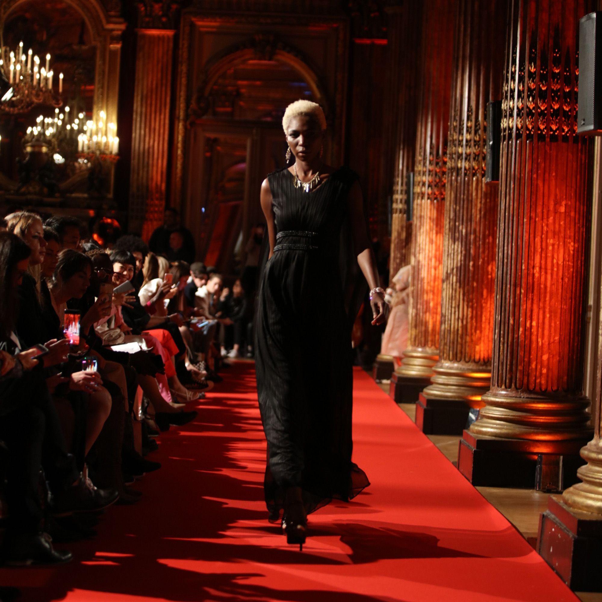 Bangga! Desainer Indonesia Tampil di Paris Fashion Week Spring 2020