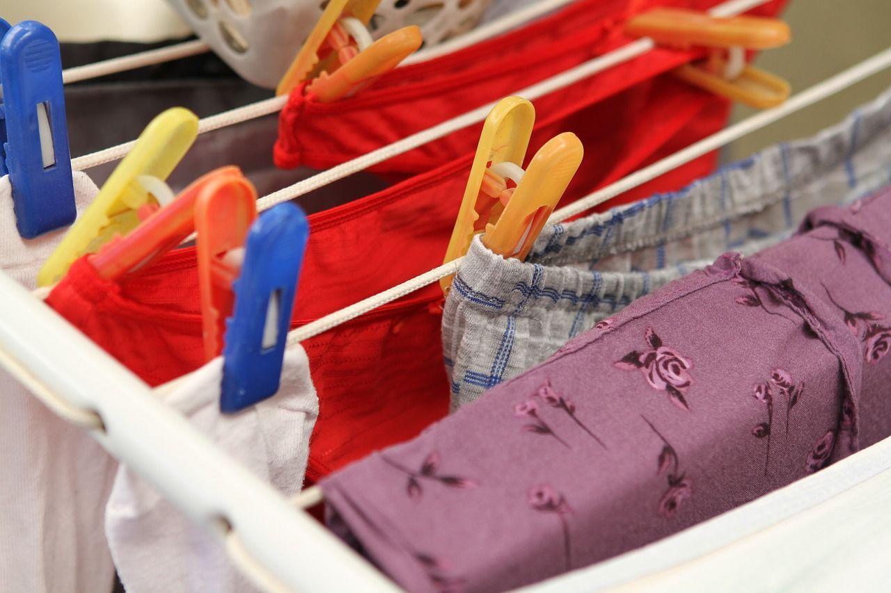 11 Manfaat Nggak Memakai Celana Dalam, Sudah Coba?