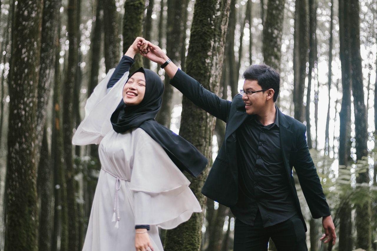 30 Ayat Al-Quran tentang Cinta, Bikin Hati Tenang