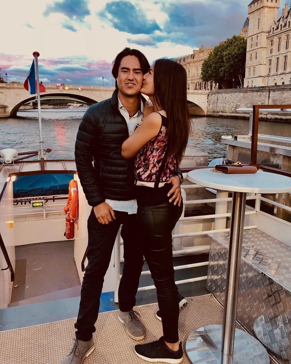 Selamat! Maria Selena Resmi Tunangan dengan Sang Kekasih