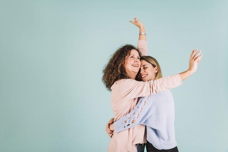 15 Kata Mutiara Bahasa Inggris untuk Mama yang Menyentuh Hati