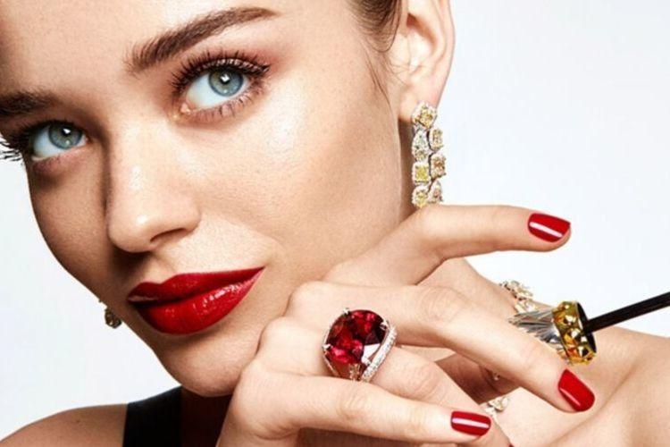 7 Rekomendasi Liquid Lipstick Terbaik, Warnanya Elegan dan Tahan Lama