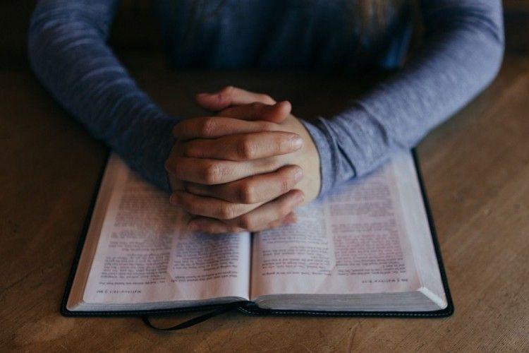 ayat alkitab tentang cinta kasih sejati