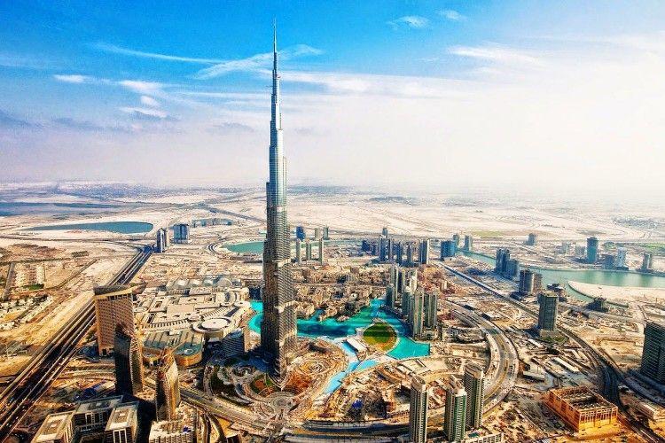 7 Hal yang Nggak Boleh Dilakukan Saat Liburan ke Uni Emirat Arab