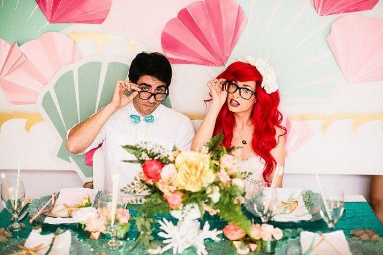 Unik! 10 Foto Pernikahan Bertema 'Little Mermaid' Ini Bisa Kamu Tiru