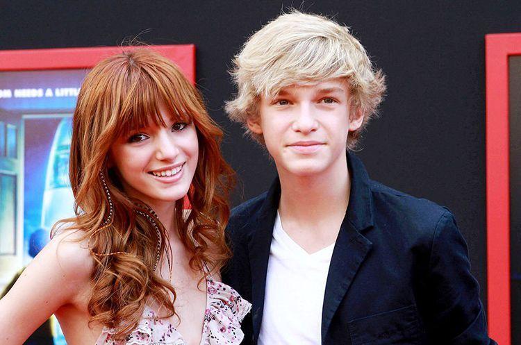 Miley Cyrus dan 8 Perempuan yang Pernah Dekat dengan Cody Simpson