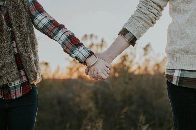 8 Perbedaan Apakah Perasaanmu Padanya Itu Cinta atau Sebatas Nafsu