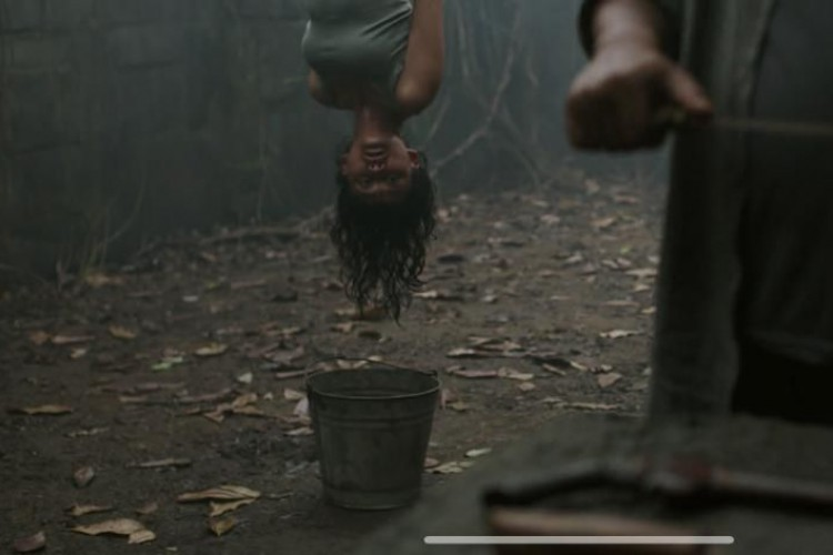 Review Film Perempuan Tanah Jahanam: Plot Twist yang Beneran Jahanam!