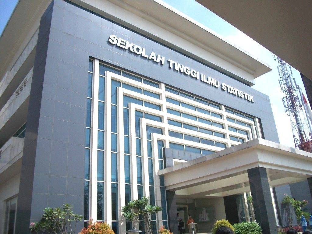 Ini 7 Sekolah Tinggi Ikatan Dinas Favorit di Indonesia