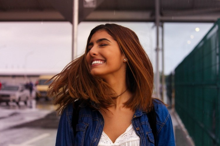 12 Tips Menjaga Tubuh dan Rambut Wangi Sepanjang Hari