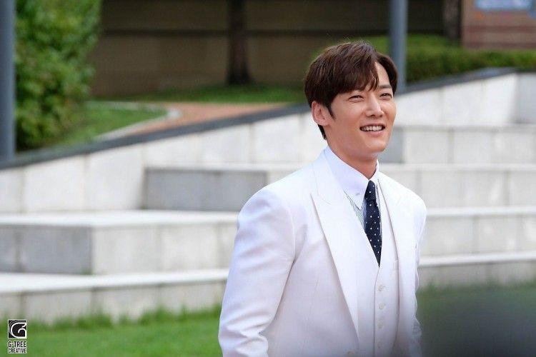 Berada di Puncak Popularitas, Ini 6 KDrama Terkeren Choi Jin Hyuk